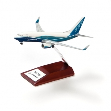 B737-700 Snap Model 1:200